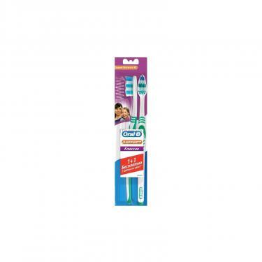 Зубная щетка Oral-B 3-Эффект Classic средняя 1 шт + 1 шт бесплатно Фото